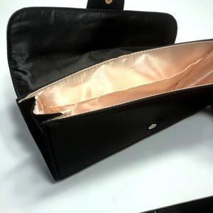 6c39f0f3a15d Giorgio Armani Bags - Giorgio Armani Parfums Makeup Bag Cosmetic Case